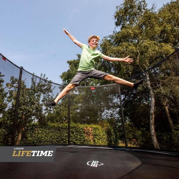 BERG 520x345cm oval trampoline Grand Favorit sort + sikk.nett